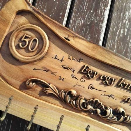 50. születésnapi fa kulcstartó Mívesfa