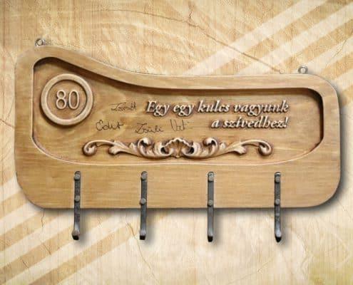 80. születésnapi fa kulcstartó