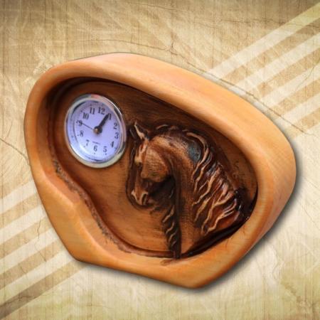 Asztali óra Arab telivér lovas mintával