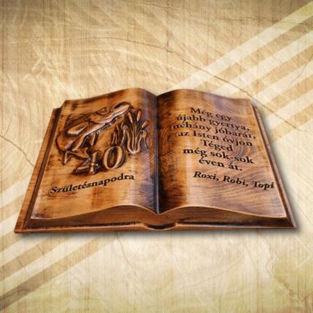 40 éves horgász barátunknak ajándék fakönyv