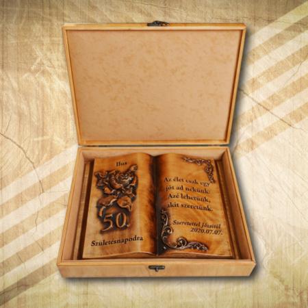 50. születésnapra ajándék fakönyv Hölgyeknek díszdobozban