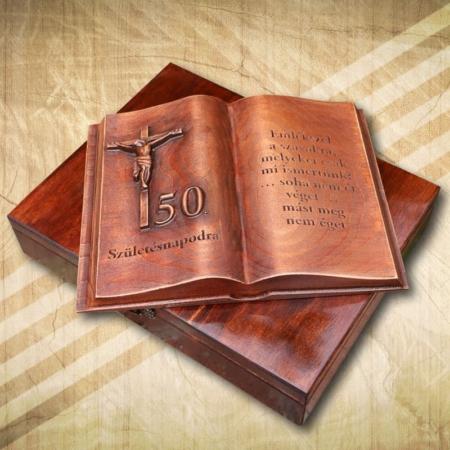 50. születésnapi fakönyv