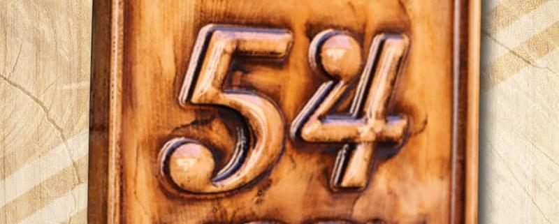 Mívesfa házszámtábla fából