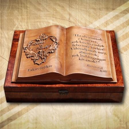 Ajándék fakönyv esküvőre házasságkötésre