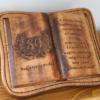 könyvtartó fakönyvvel